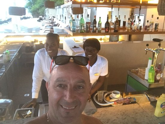 Cap Estate, سانت لوسيا: Amazing staff at the beach bar. All of them are incredible people