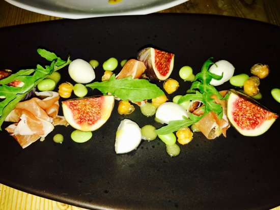 Ditcheat, UK: Manor House Inn: Entrance, Asparagus, Prosciutto and Duck Egg Appetizer, Fig and Local Buffalo M