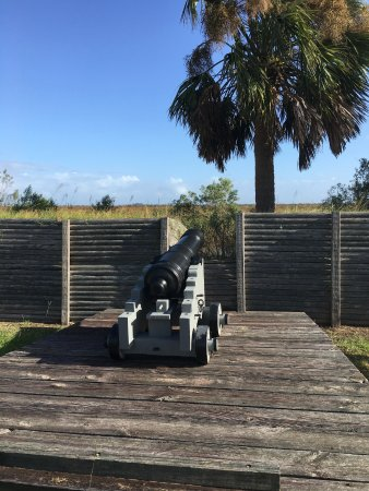 Fort King George Historic Site: canon overlooking entrance to altamaha river
