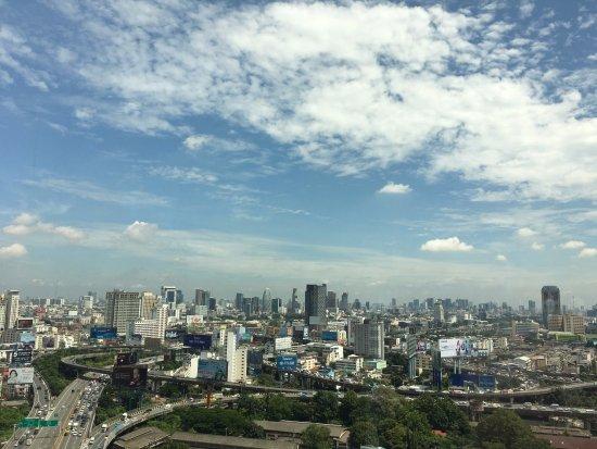 Eastin Hotel Makkasan: my room view
