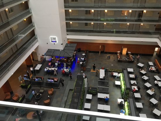 Embassy Suites by Hilton Chicago Downtown Magnificent Mile: photo0.jpg