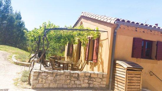 Domaine de Mourchon: Outside