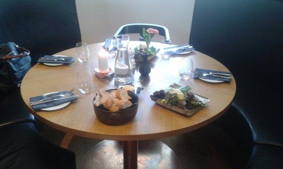 Simrishamn, Sweden: Tavlo per 5....