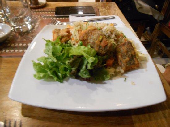 La Casona Restaurant: ensalada con pollo
