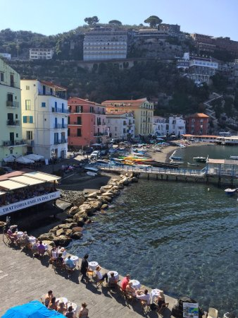 Ristorante O'Puledrone: Great little restaurant in front of the port .  The food was great and most importantly fresh !