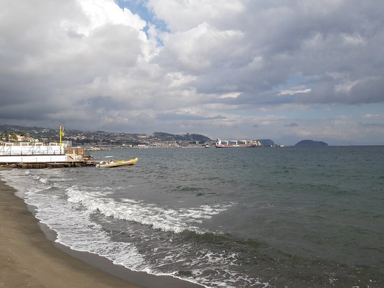 Monte Nuovo Beach : 20171006_154137_large.jpg