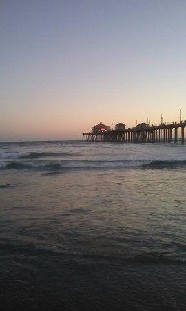 Orange county coast huntington beach ca updated 2017 for Huntington beach pier fishing