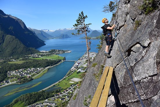 Andalsnes, Norway: Introwall