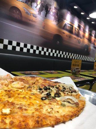 Yellow Cab Pizza Co, Dubai - Al Karama - Restaurant Reviews