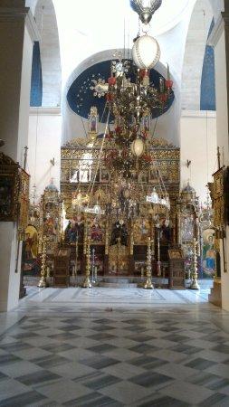 Holy Trinity Monastery (Agia Triada): Church -Chiesa
