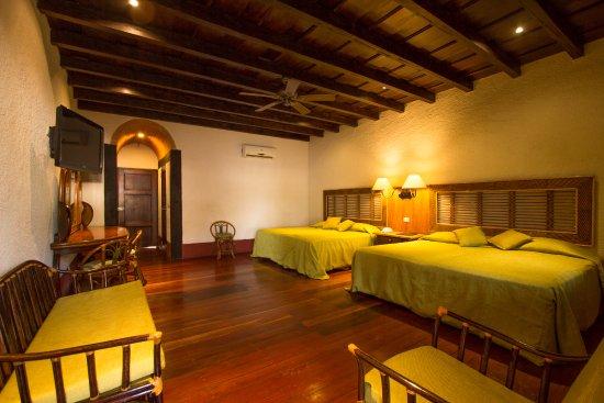 Hotel Granada: Habitación Junior Suite