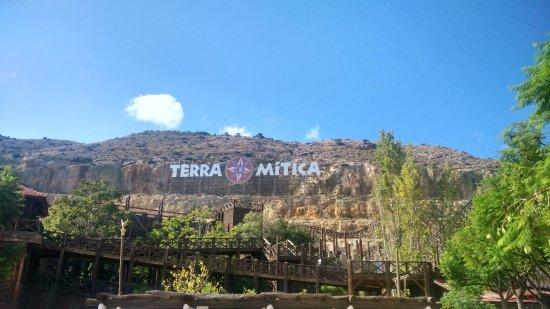 เทอร์รา มิติกา: Vista
