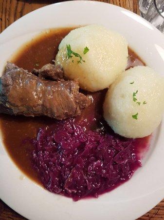 Schönes gemütliche Lokal mit lecker Essen in Meiningen. Die Küche und der Service ist Top.