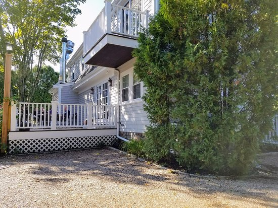 East Dennis, MA: Back deck has table available