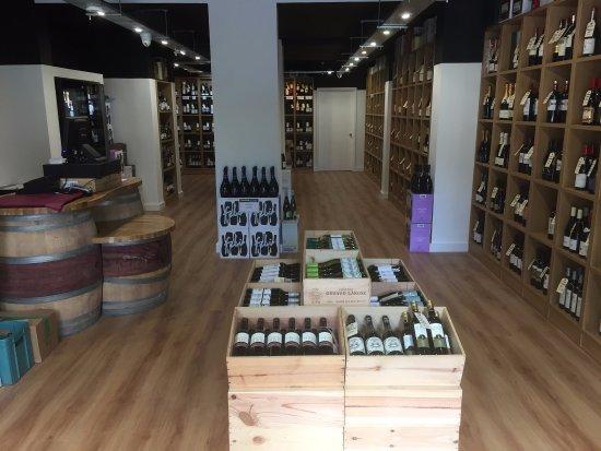 Banstead, UK: Banstead Vintners - Independent wine merchants