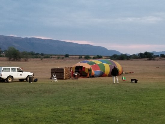 Bill Harrop's Original Balloon Safaris: 20171002_053548_large.jpg