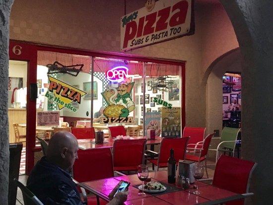 Tony's Pizza : photo1.jpg