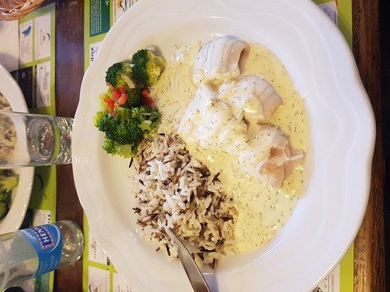 Chateau-d'Oex, Swiss: Bistrot - Hotel Buffet de  la Gare