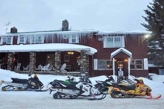 Speculator, Nowy Jork: Snowmobilers