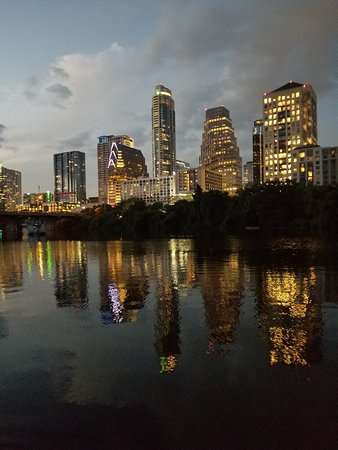 Capital Cruises: Austin skyline