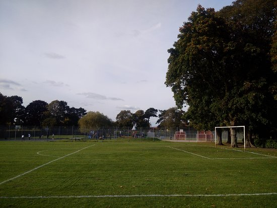 ‪Alexandra Recreation Ground‬