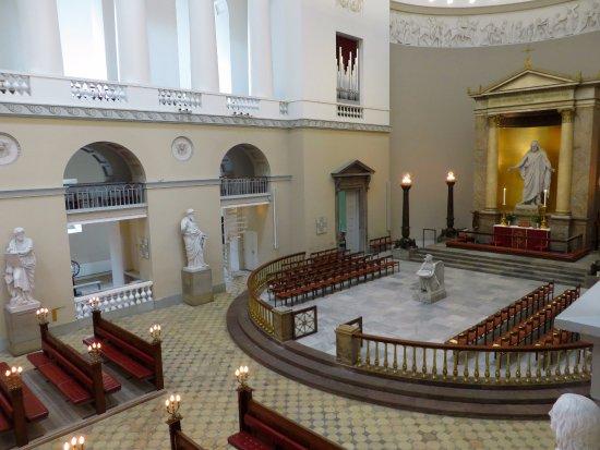 Church of Our Lady - Copenhagen Cathedral: il presbiterio visto dall'alto del matroneo di dx
