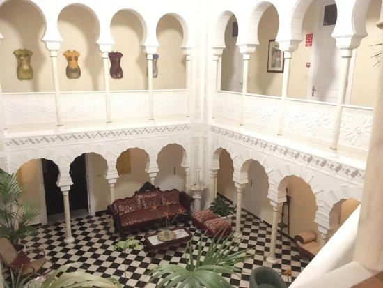Hotel Alhambra: photo0.jpg