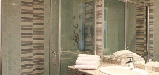Inter-Hotel Vamcel : Salle de bains