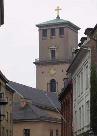 Church of Our Lady - Copenhagen Cathedral: il massiccio campanile