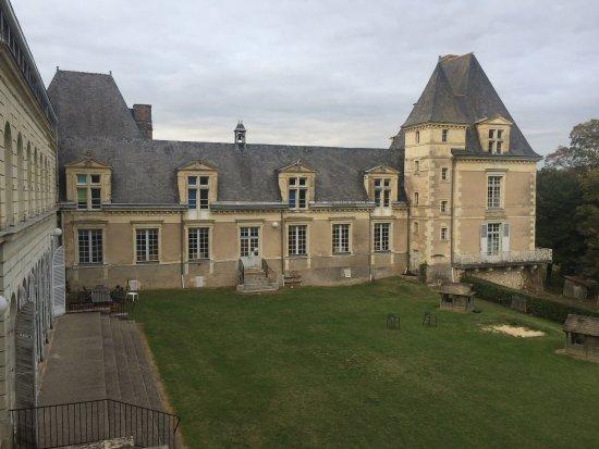 Baune, Francja: photo1.jpg