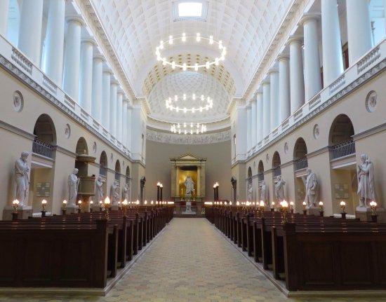 Church of Our Lady - Copenhagen Cathedral: la grande navata centrale