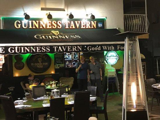 The Guinness Tavern: photo0.jpg