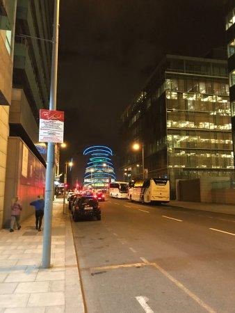 Clayton Hotel Cardiff Lane: Cardiff Lane