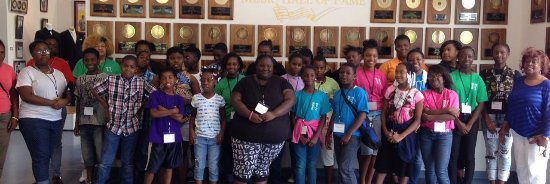 Kannapolis, Carolina del Norte: Local area students visit museum