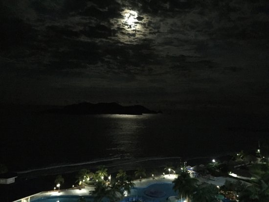 Azul Ixtapa Beach Resort & Convention Center: photo2.jpg