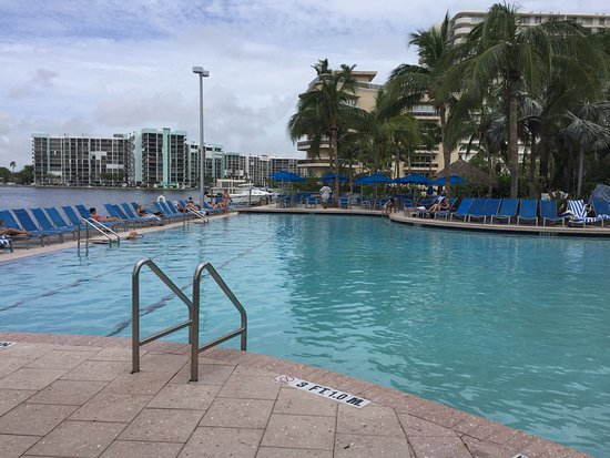 Crowne Plaza Hollywood Beach: photo2.jpg