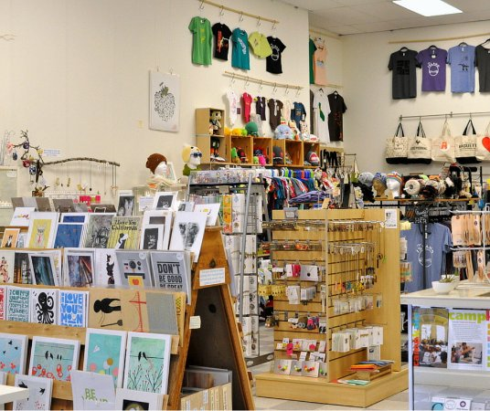 Alameda, CA: Modern Mouse offers a little something for everyone: artwork, jewelry, apparel, cards, and more!