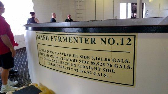 Frankfort, KY: 92,000+ gallon mash fermenter