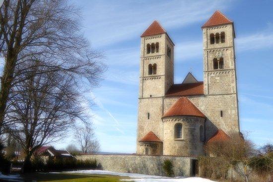 Basilika Altenstadt (Ansicht von Osten)