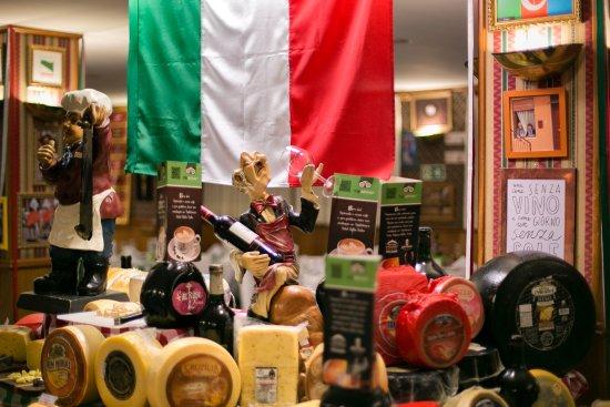 Excelente Restaurante Noite Italiana Bella Italia