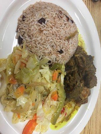Stevens Point, WI: Shaw's Jamaican Kitchen