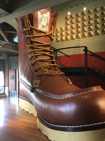 Red Wing, MN: The Giant Boot