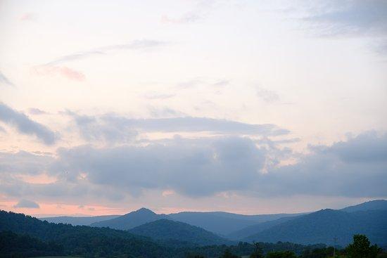 Sperryville, VA: Mt_Vernon_Sunset_large.jpg
