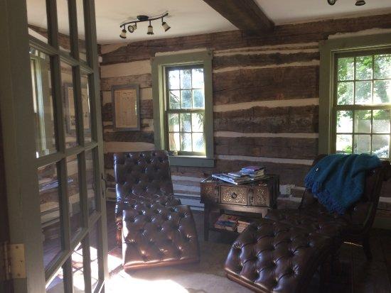 Lehighton, PA: cozy library