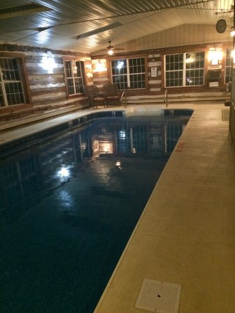 "Lehighton, Πενσυλβάνια: You can even schedule ""private"" pool time."