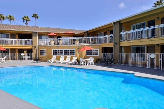 Pool - Picture of Torch Lite Inn, Santa Cruz - Tripadvisor