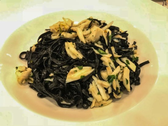 Assaggi: Linguini al nero squid ink pasta with crab meat and bottarga