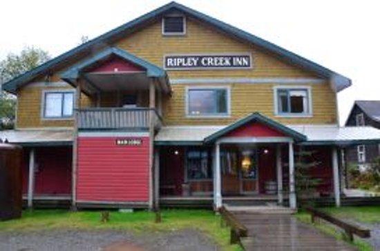 Ripley Creek Inn: Main Lodge (one of many)