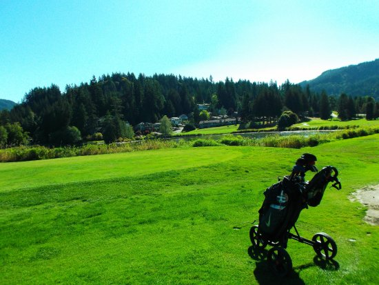 Bellingham, WA: If you want to make a birdie, the best way is across the water to the green on your right.
