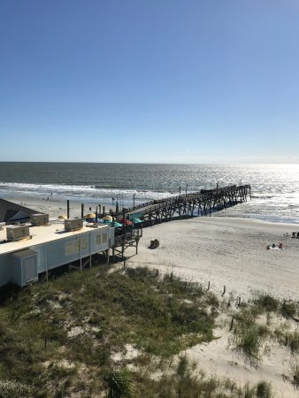 Surfside Beach Oceanfront Hotel: Pier next door